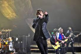 """Il Rolling Stone Mick Jagger da circa un anno si aggira per la provincia di Siracusa, l'inviata di """"Oggi è un altro giorno"""" è andata a cercarlo"""